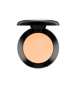 studio-finish-concealer
